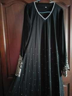 BLACK PRINCESS CUT DRESS
