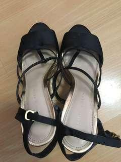 Charles and keith wedge size 8