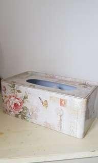 Shabby chic tissue box