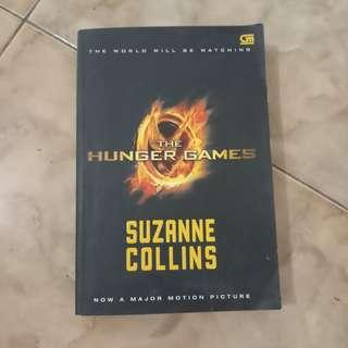The hunger games suzanne colins