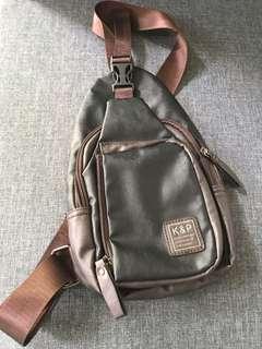 Sling Bag Pria