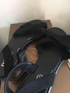 Sepatu Sendal RUBI size 37
