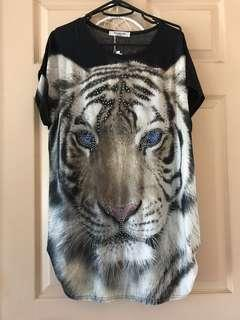 Tiger top size 10/12