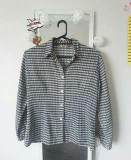 Button Up Top ☆