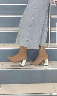Cute nude booties with gold heel size 6