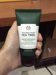 The Body Shop Tea Tree Mattifying Lotion (Moisturizer)