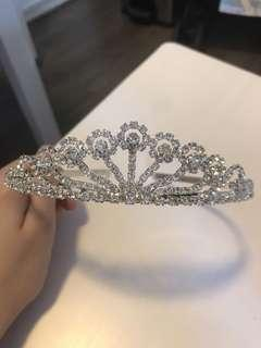 Wedding/ bridal shower crown 皇冠