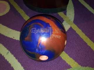 Hammer gauntlet fury 13lbs bowling ball