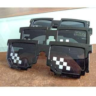 🚚 🆒 Deal With It Glasses - Thug Life Pixelated Sunglasses 8-Bit Style MLG Shades Square Variant <Mosaic / Pixel / Meme / Sunglass>(In-stock)