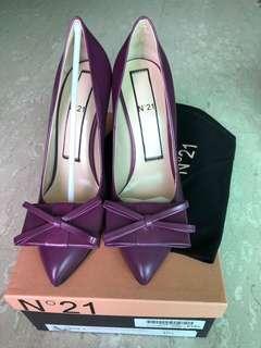 BNIB N21 heels