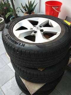 "Qashqai stock rims 17"" with tyres"