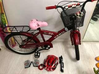 Bicycle for sale includes gloves,helmet and air pump