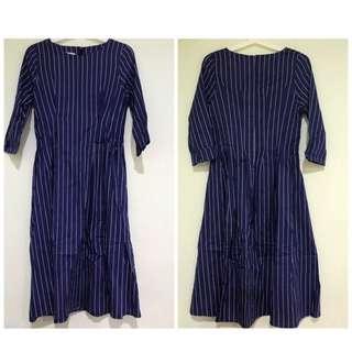 🚚 🉐️深藍色直條紋洋裝