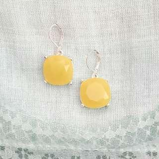 Vintage Joan Rivers dangle earrings, silver tone and yellow