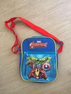 Marvel斜咩袋