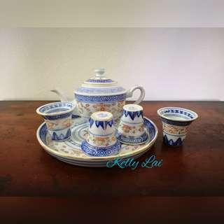 Tea Pot Set with 4 cups and Plate