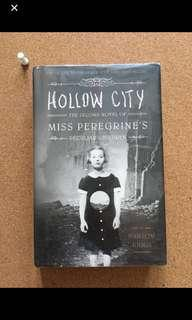 Hollow City (hard bound)