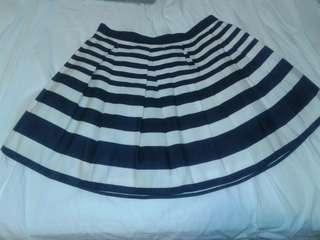 Forever 21 navy striped skirt