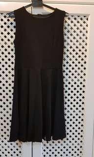 Black beauty dress