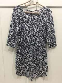 H&M 藍白色碎花連身裙