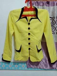 Yellow blazer Rusty rouge