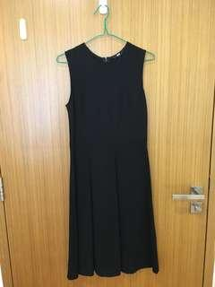 Uniqlo black ponte dress