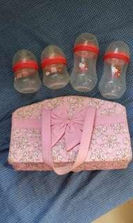 Baby bottle bag with baby bottles