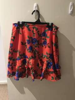 Floral ruffle mini skirt