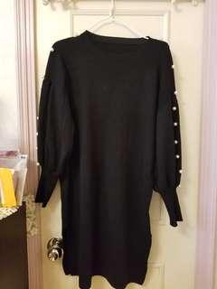 Jumper pearl dress