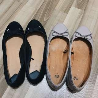 2 Flats ( Shoes ) For $10