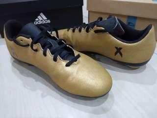 Original Adidas kids football soccer boots