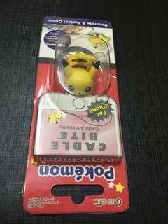 全新 日本 寵物小精靈 Pokemon 比卡超 充電線 USB cable bite 保護套