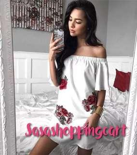 😆FREE SHIPPING* under 500g😆(Black/White) Embroidered applique word collar strapless trumpet sleeves sexy irregular hem loose dress