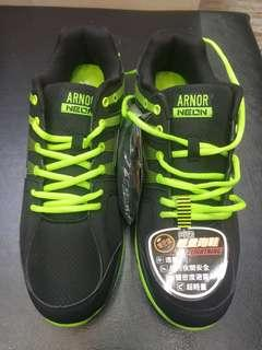 🚚 Arnor 阿諾輕量跑鞋 男生大尺碼!!29 30號!!!