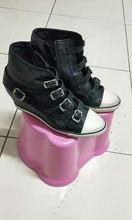 🚚 ASH品牌坡跟鞋