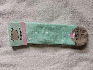 Pusheen Box - Cozy Socks