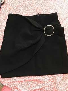 🙋♀️ZARA skirt
