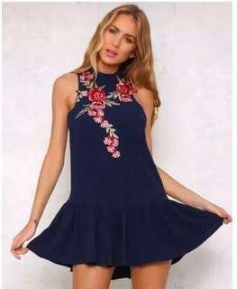 🚚 Floral Embroidery Dress