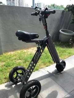 Lightweight High Speed E-Scooter
