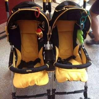 Aprica Nelco Bed Twin Thermo Stroller