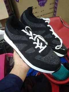 Bershka Sneakers cewe