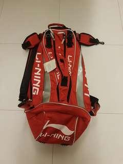 BRAND NEW LINING red badminton bag