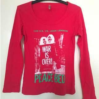 Tight Printed Long Sleeve T-shirt in Red