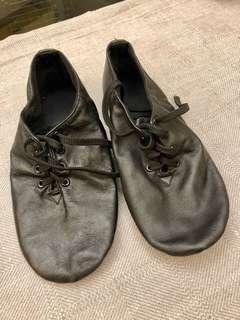 小童真皮爵士舞鞋