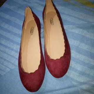 Red flats 37