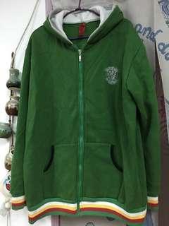 🚚 綠色內磨毛運動外套 L