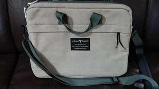 Computer Sling Bag - Urban Tool - size 13-15 inches - 9.8/10