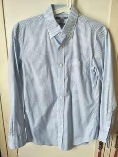 Uni qlo slim fit shirt