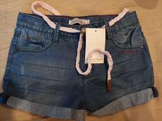 BN: Girl's jean shorts