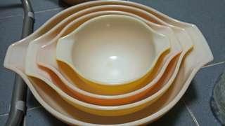 Tier bowls